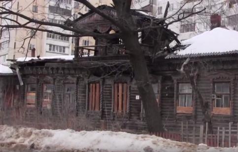"""Кадр программы """"Наступление на наследие"""" о Рязань"""