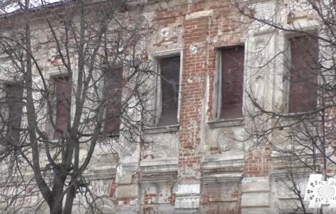 """Кадр программы """"Наступление на наследие"""" о городе Зарайск"""