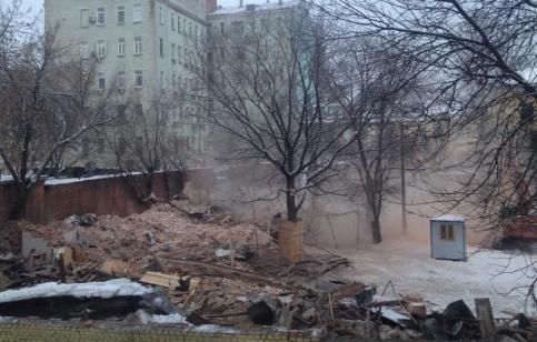 Снос зданий XIX века на территории Ново Екатерининской больницы в Москве